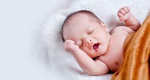 """فيديو """"مثير"""" لرضيع ولادة مبكرة يرقص كالشباب"""