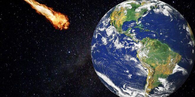 """كندية تستيقظ على دوي سقوط """"صخرة فضائية"""" على سقف منزلها"""