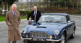 """الأمير تشارلز يكشف أن سيارته الكلاسيكية """"أستون مارتن"""" تعمل بالنبيذ الأبيض والجبن... فيديو"""