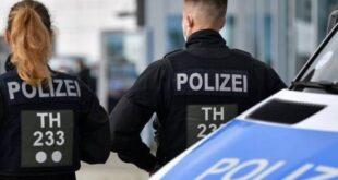 الشرطة الألمانية تحتجز 14 سوريًّا بينهم 3 مهربين