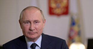 سعال بوتين يثير القلق وهو يعلق