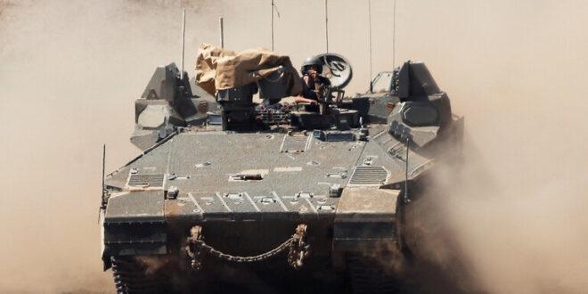 تحركات عسكرية إسرائيلية في هضبة الجولان ونقل عدد كبير من الدبابات إلى المنطقة (فيديو)
