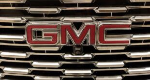 GMC تطرح واحدة من أقوى السيارات وأكثرها تطورا.. شاهد