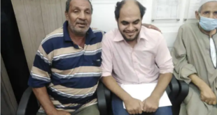 """كفيف تاه 21 عاماً في زحام القاهرة.. ومنشور """"فيسبوك"""" يعيده لأسرته"""